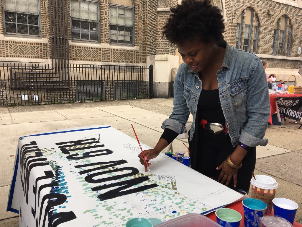 18th ward Democrats hold non-partisan voter registration event